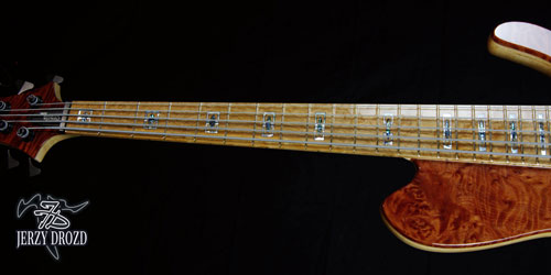 "JERZY DROZD Atlas fretboard and ""Alianza"" inlays view"